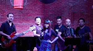 live band khop chai deu